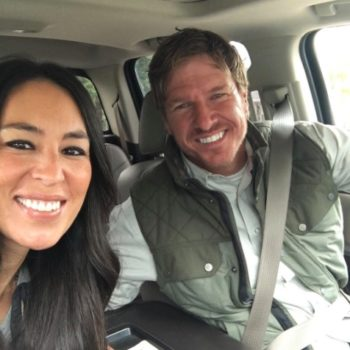 """""""Fixer Upper"""" is getting a Joanna Gaines-centered spinoff, so clear your schedules forever"""