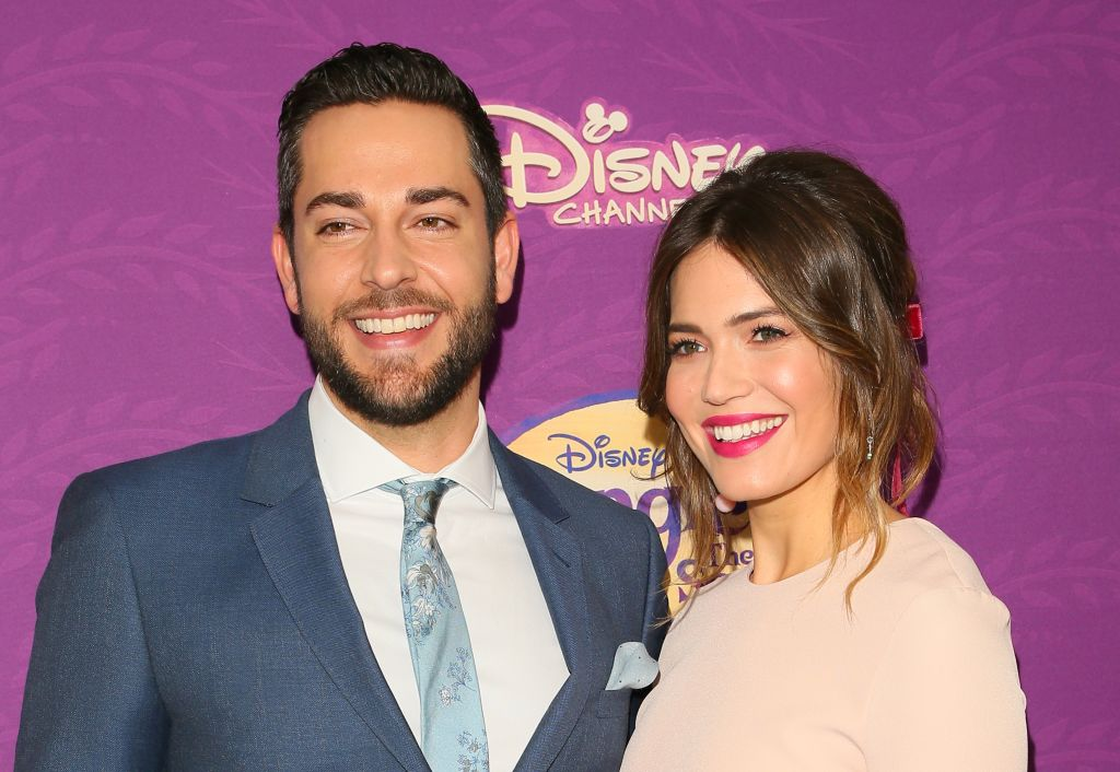 "Mandy Moore and Zachary Levi did a ""Tangled"" sing-a-long and it was the cutest"