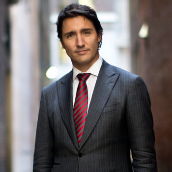 These pictures of a young Justin Trudeau are sending the internet into a meltdown