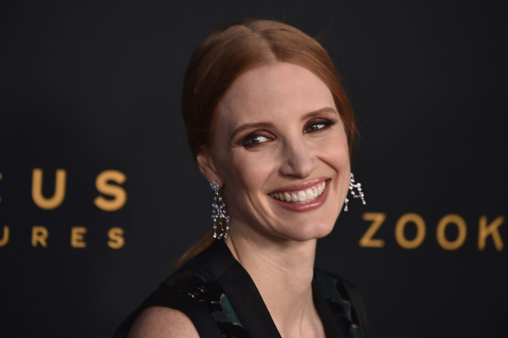 Jessica Chastain is a velvet green dream in a mega-plunging Alexander McQueen gown