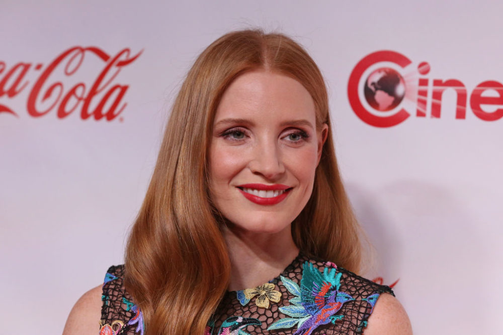 Jessica Chastain's tropical floral dress has us dreaming of our next vacation