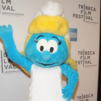 13 simple looks to channel your inner Smurfette
