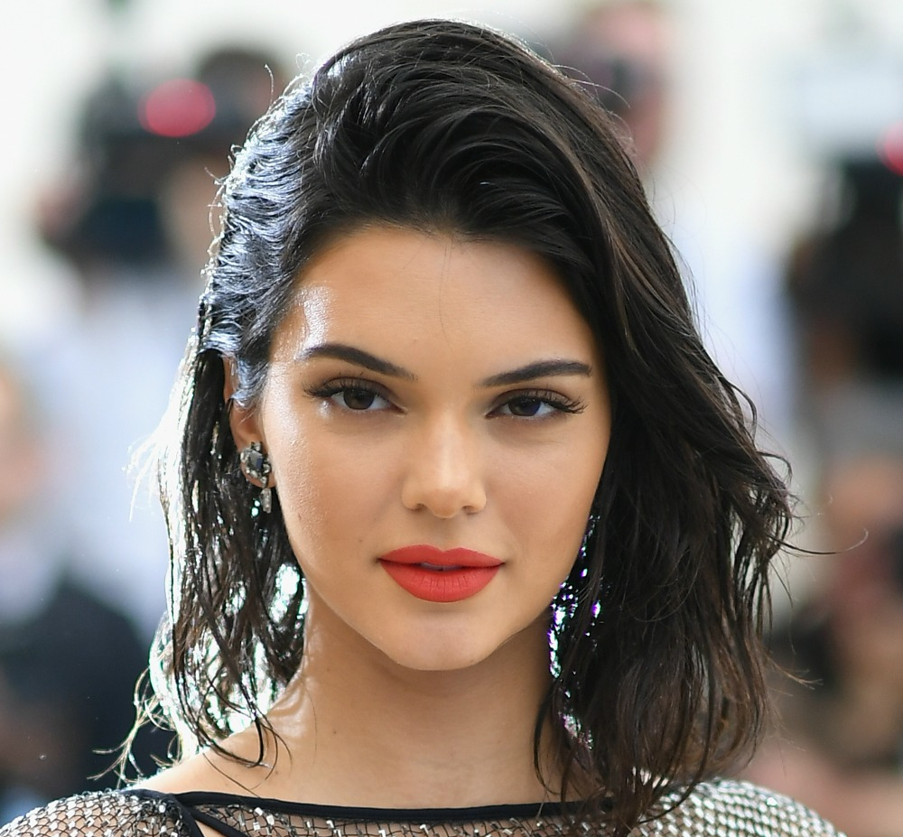 This simple bedtime routine is Kendall Jenner's secret to clear skin