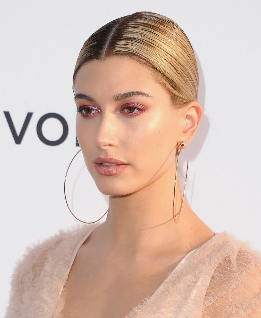 "Hailey Baldwin's '80s-inspired power suit is giving us ""Working Girl"" vibes"