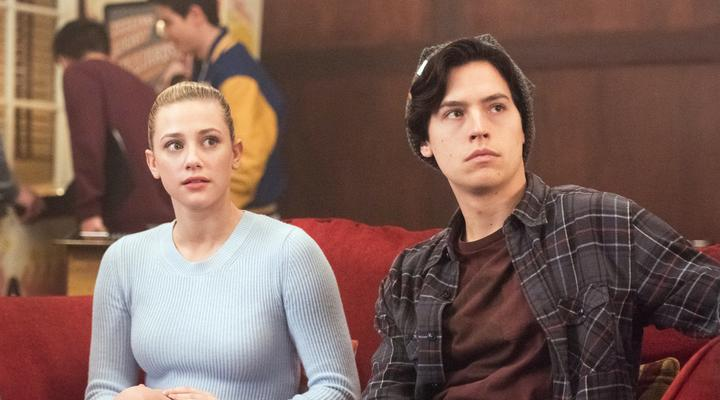 "The ""Riverdale"" showrunner wants to do an ""Arrowverse"" crossover, and we're excited just thinking about it"
