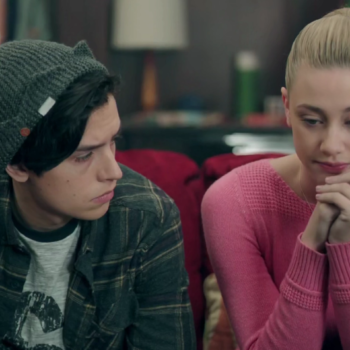 "We've got the scoop on ""Riverdale's"" hottest couple: Bughead"
