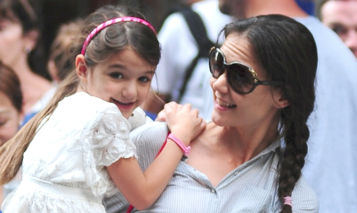 Suri Cruise proves she's mastered the art of voguing in Katie Holmes' latest Insta pic