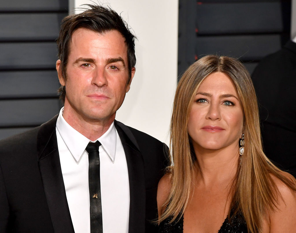 "Jennifer Aniston and Justin Theroux look like a sexy spy couple at ""The Leftovers"" premiere"