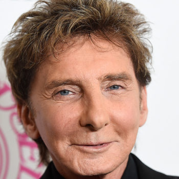"Legendary ""Copacabana"" singer Barry Manilow has opened up about his sexuality for the first time"