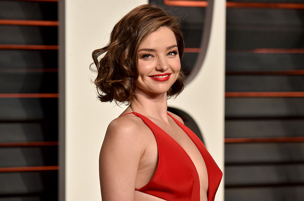 Miranda Kerr looks like a million bucks in this $85 floral jumpsuit, and here's how to get it