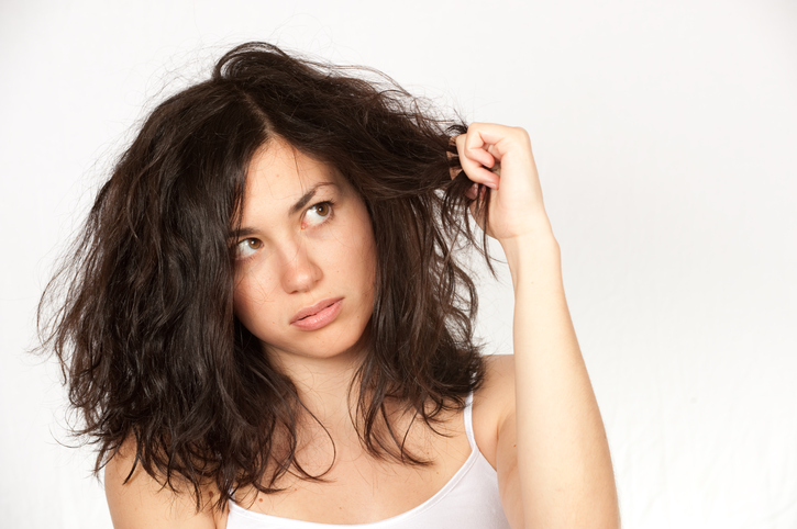 5 things you're unconsciously doing to damage your hair
