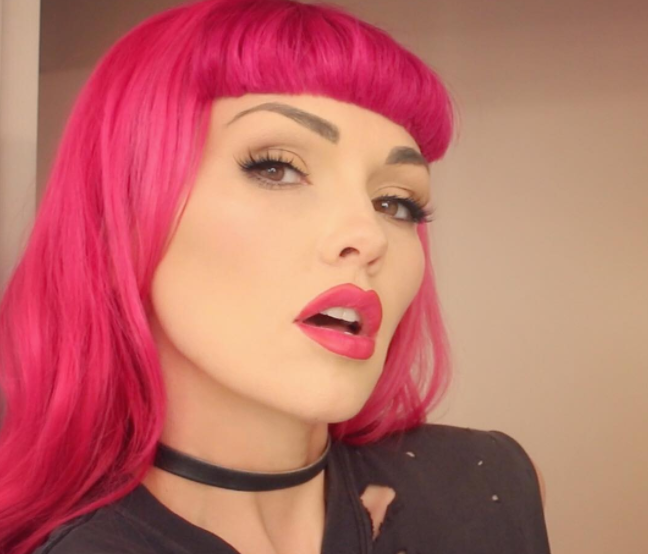 Beauty vlogger Kandee Johnson is cooking up a mystery makeup project, and we have a few ideas