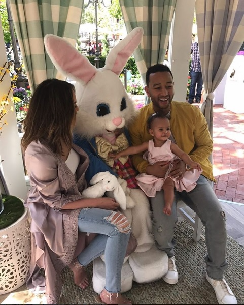 We're squealing at these photos of Chrissy Teigen, John Legend, and baby Luna with the Easter Bunny