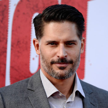 "Joe Manganiello wrote a secret screenplay for a ""Dungeons and Dragons"" movie, because he's the coolest nerd ever"