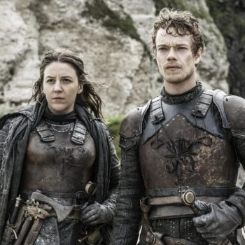 """This """"Game of Thrones"""" star just shared her most embarrassing moment, and it involves """"a farty horse"""""""