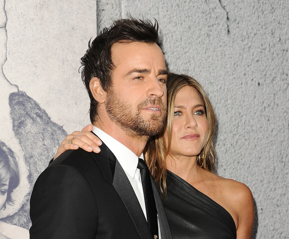 Here's how Jennifer Aniston truly feels about Justin Theroux's scruff