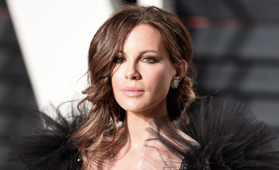 Kate Beckinsale's daughter is officially her mini-me in these parallel bikini pics
