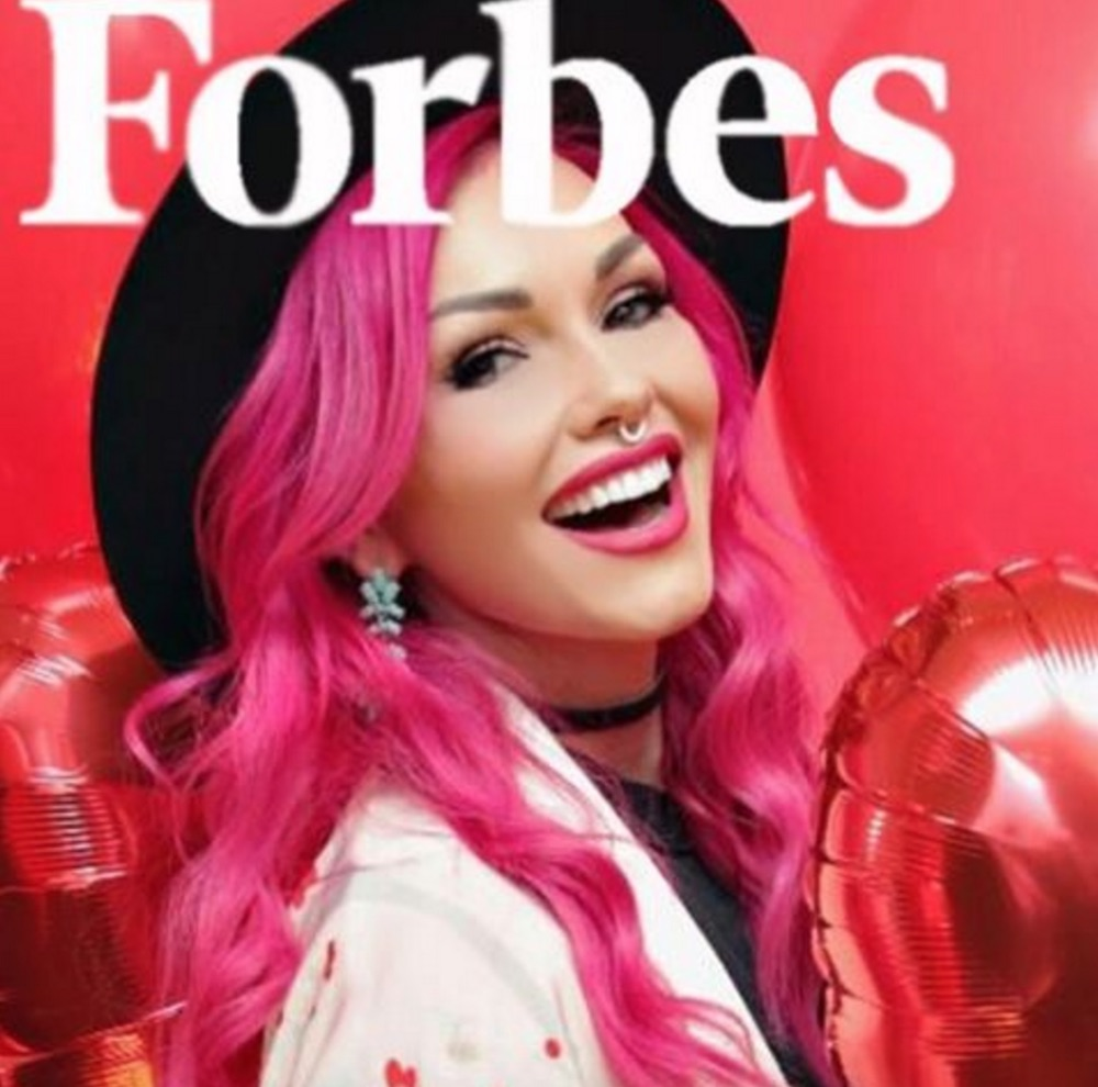 "Some of our fave beauty vloggers, like Huda Beauty and Kandee Johnson, made the ""Forbes"" Top Influencer list"