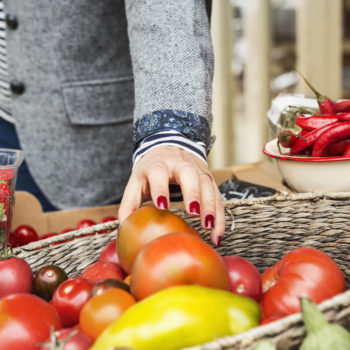How to get the most bang for your buck at the farmers market