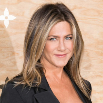 Jennifer Aniston just put the most elegant spin on a sporty outfit