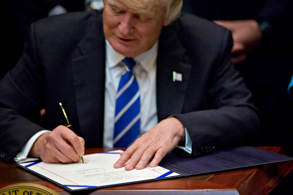 Welp, Trump signed an executive order allowing states to defund Planned Parenthood