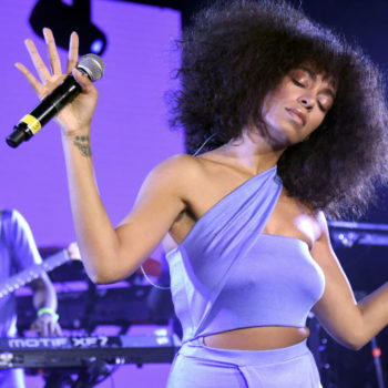 Solange just completely changed her hair for summer, and of course she looks A-MAZING