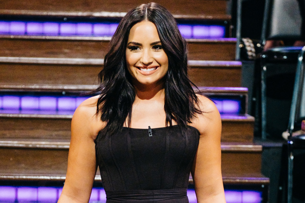 Demi Lovato continues her freckle-loving makeup-free selfie series