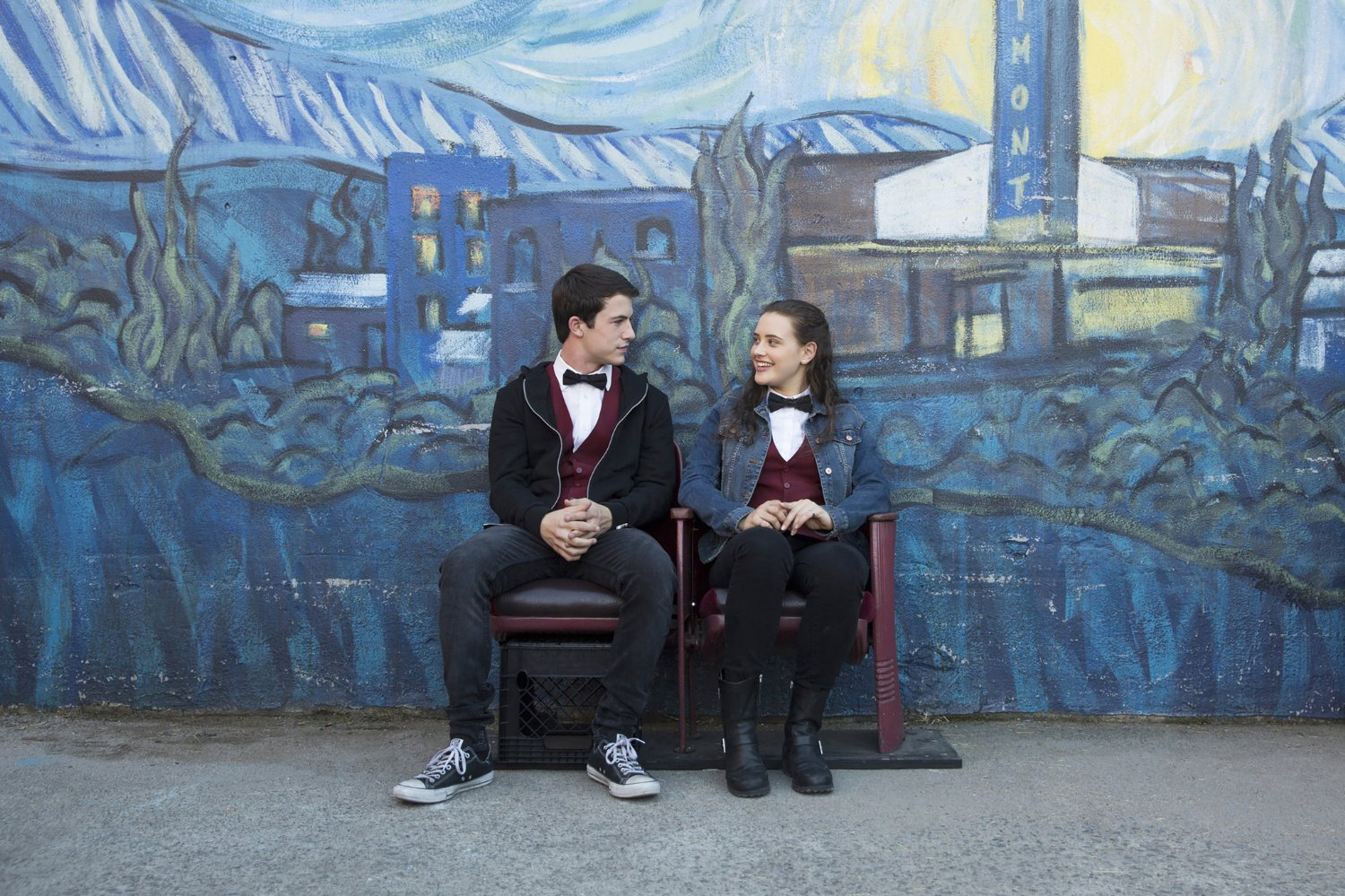 "There were therapy dogs on set for ""13 Reasons Why,"" and brb, crying again"