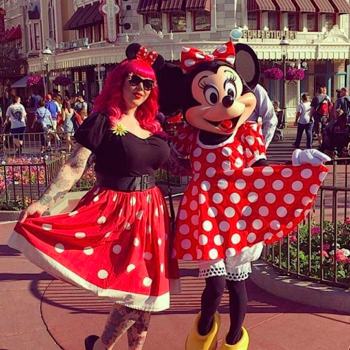 12 of the cutest retro outfits you need for Dapper Day taking place at Disneyland