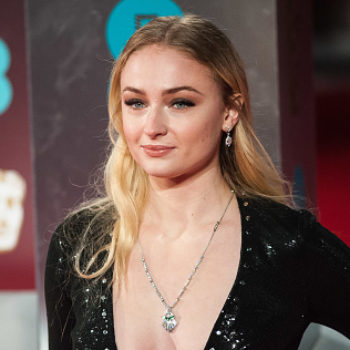 Sophie Turner changed up her hair at Coachella and we kinda hope she makes this look permanent