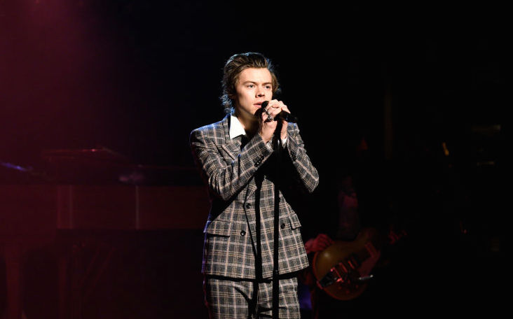 What Harry Styles has to say about teen girls is the definition of feminism