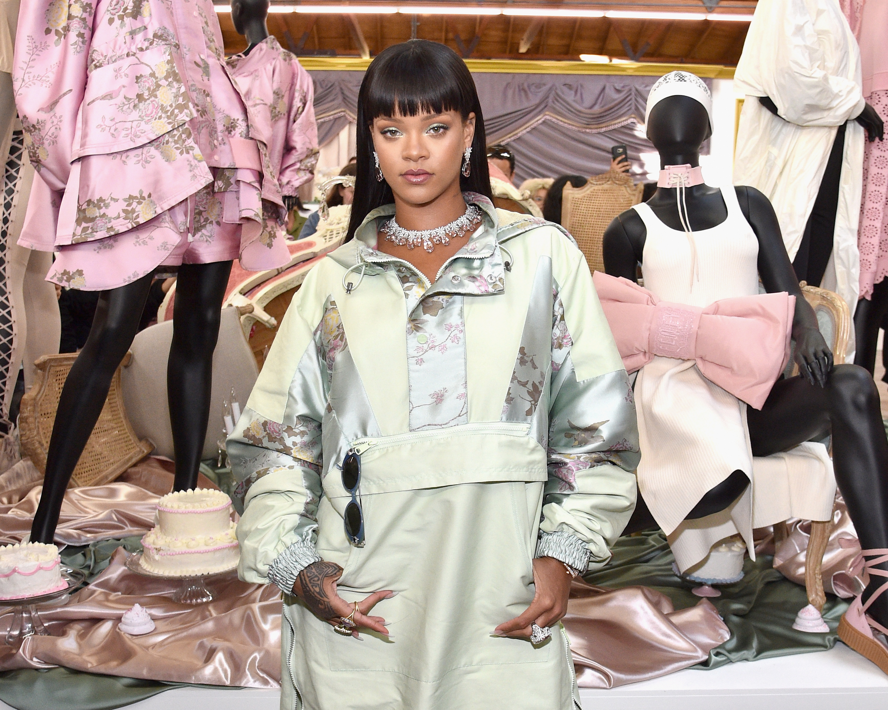 Rihanna played cashier at her pop-up event — and you better have her money