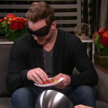 This video proves that Chris Pratt is freakishly good at guessing foods while blindfolded