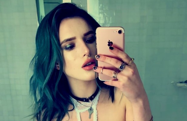 Bella Thorne showed off her nipple piercing in the most low-key snap ever