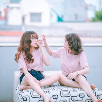6 signs your friendship is wrecking your self-esteem, rather than lifting you up