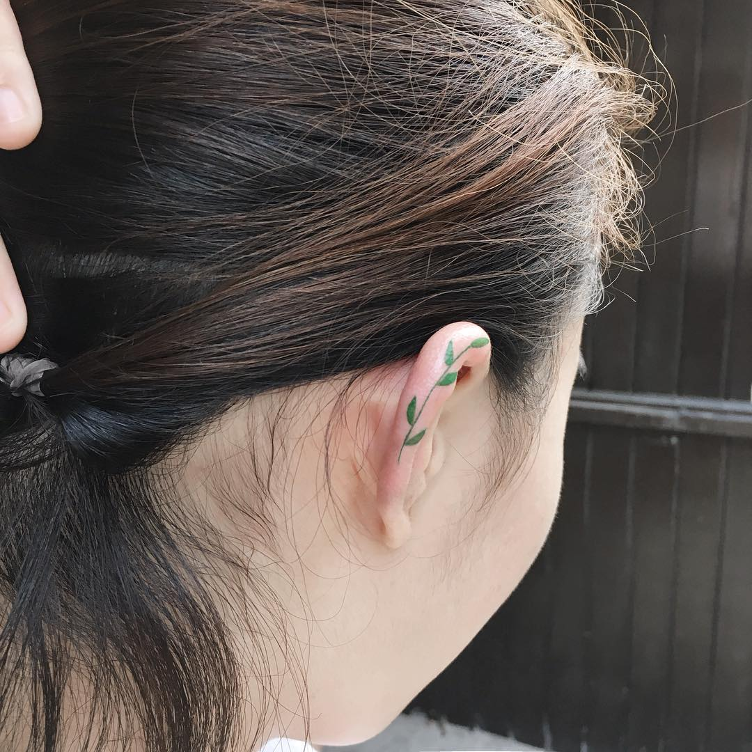 Helix tattoos are our newest subtle ink obsession