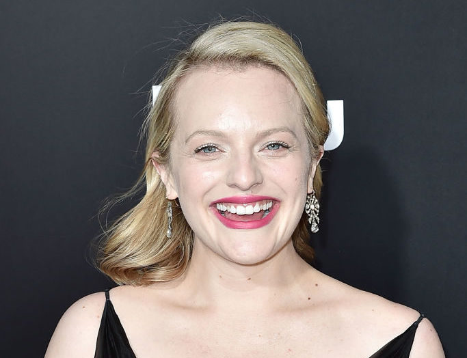 "Elisabeth Moss had a secret symbol on her dress at the ""Handmaid's Tale"" premiere"