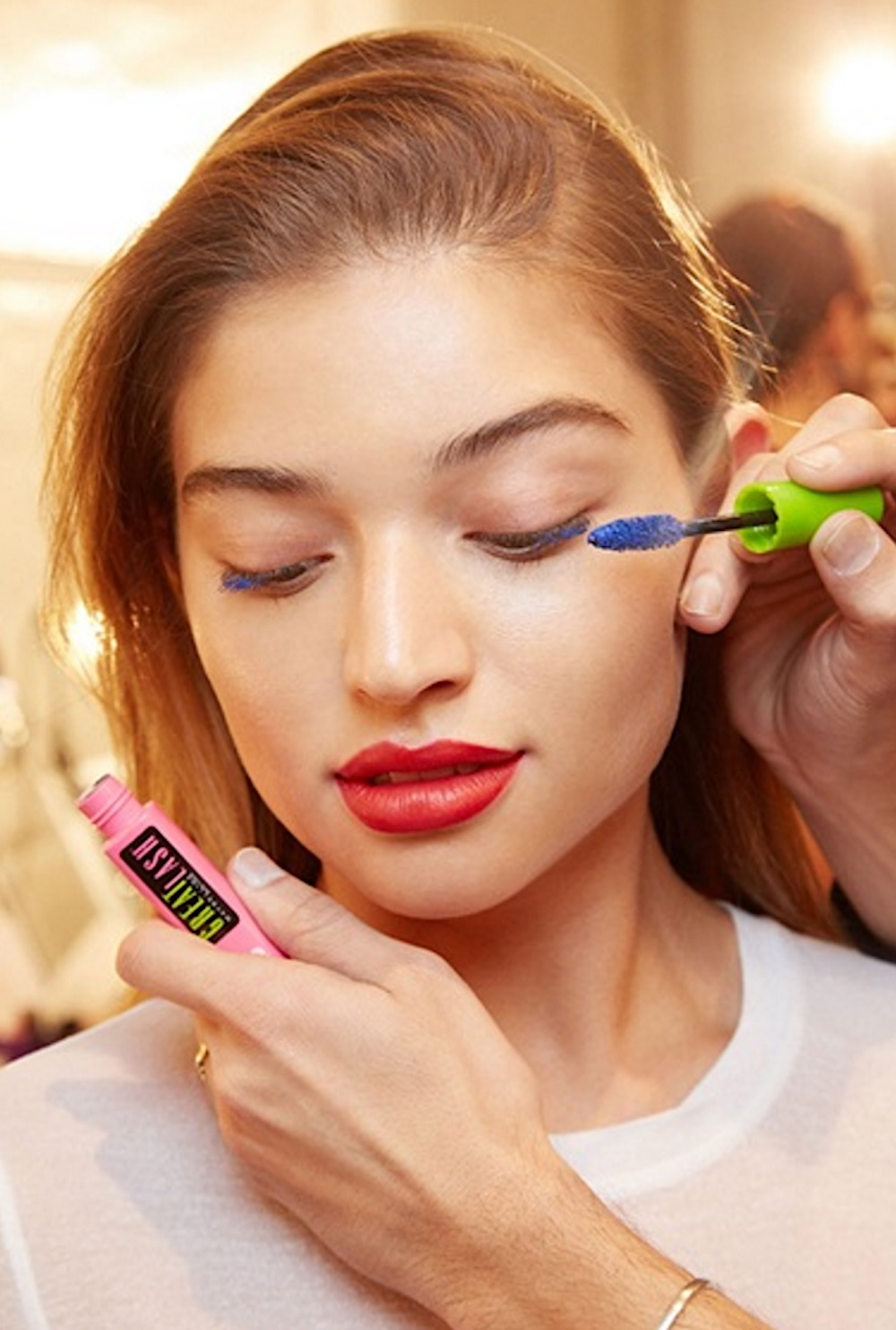 1e0d1d1eff4 OMG: Maybelline is relaunching their cult classic Great Lash Royal Blue  mascara - HelloGiggles