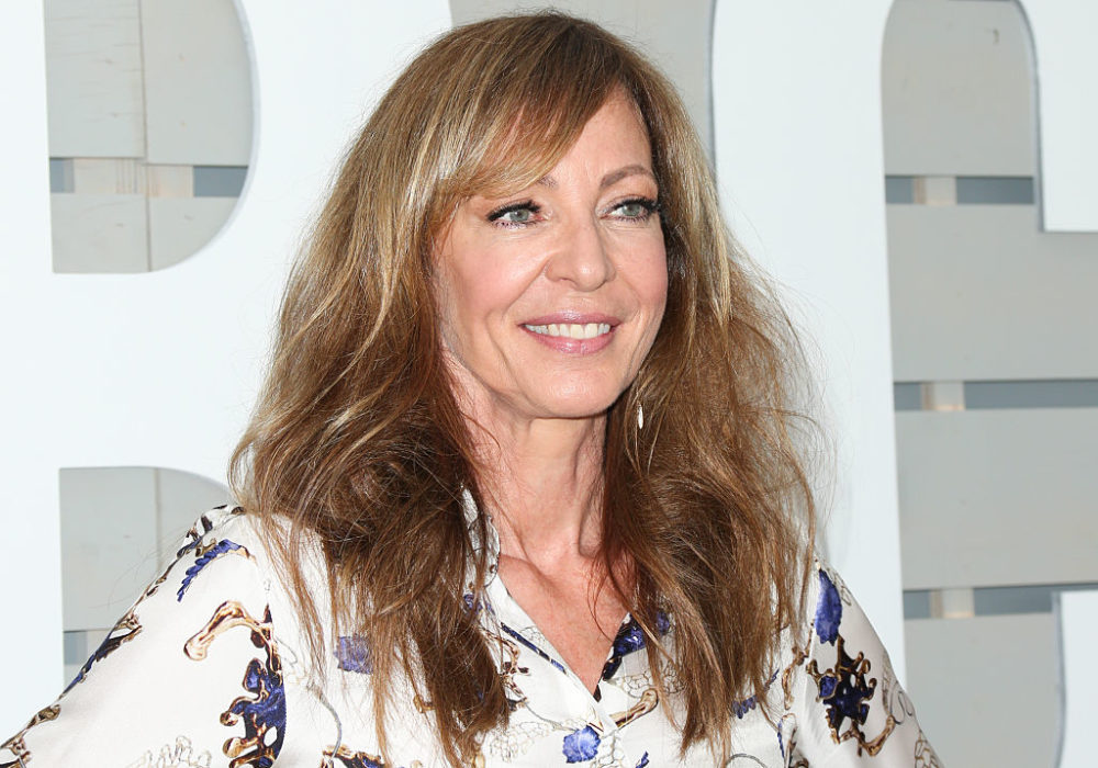 "Allison Janney shared some thoughts on the current press secretary from her ""West Wing"" experience"