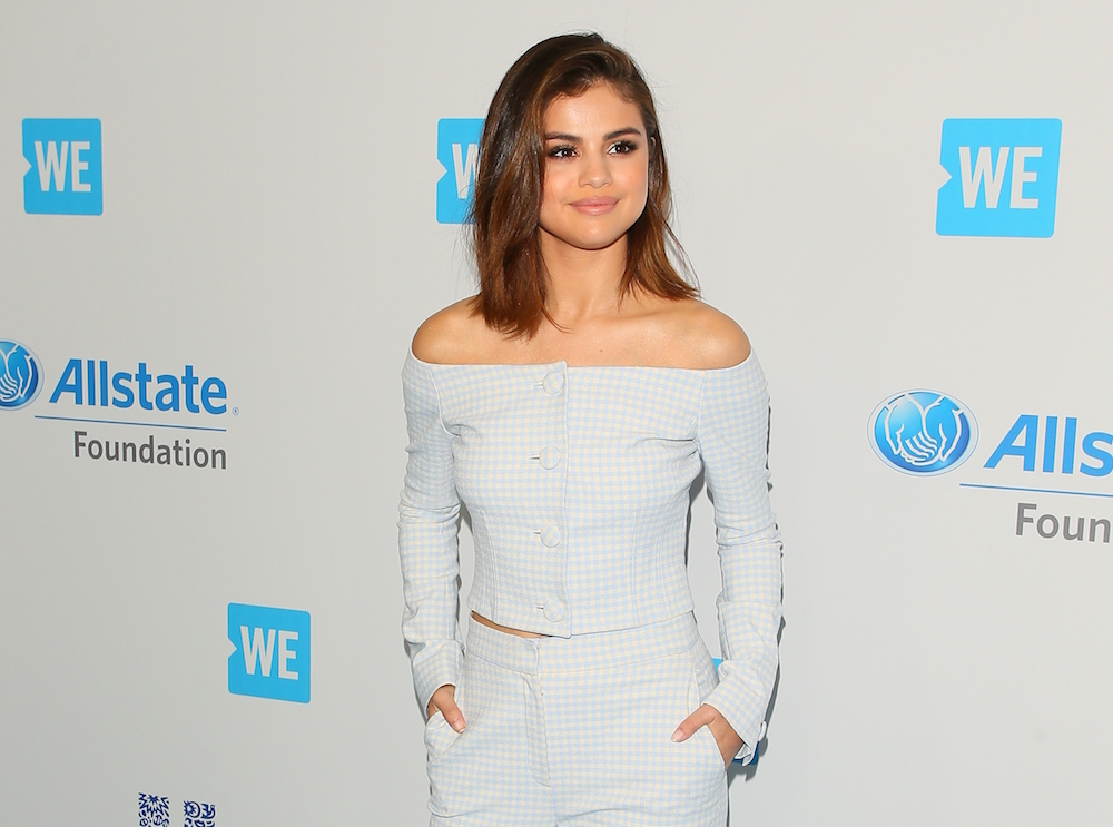 "Selena Gomez said she has a ""love/hate"" relationship with social media, and don't we all"