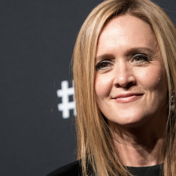 "Samantha Bee suited up for the ""Not The White House Correspondents' Dinner,"" because she's our comedy queen"