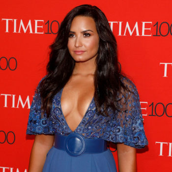 People are upset with Demi Lovato's detox tea Instagram post, and here's why