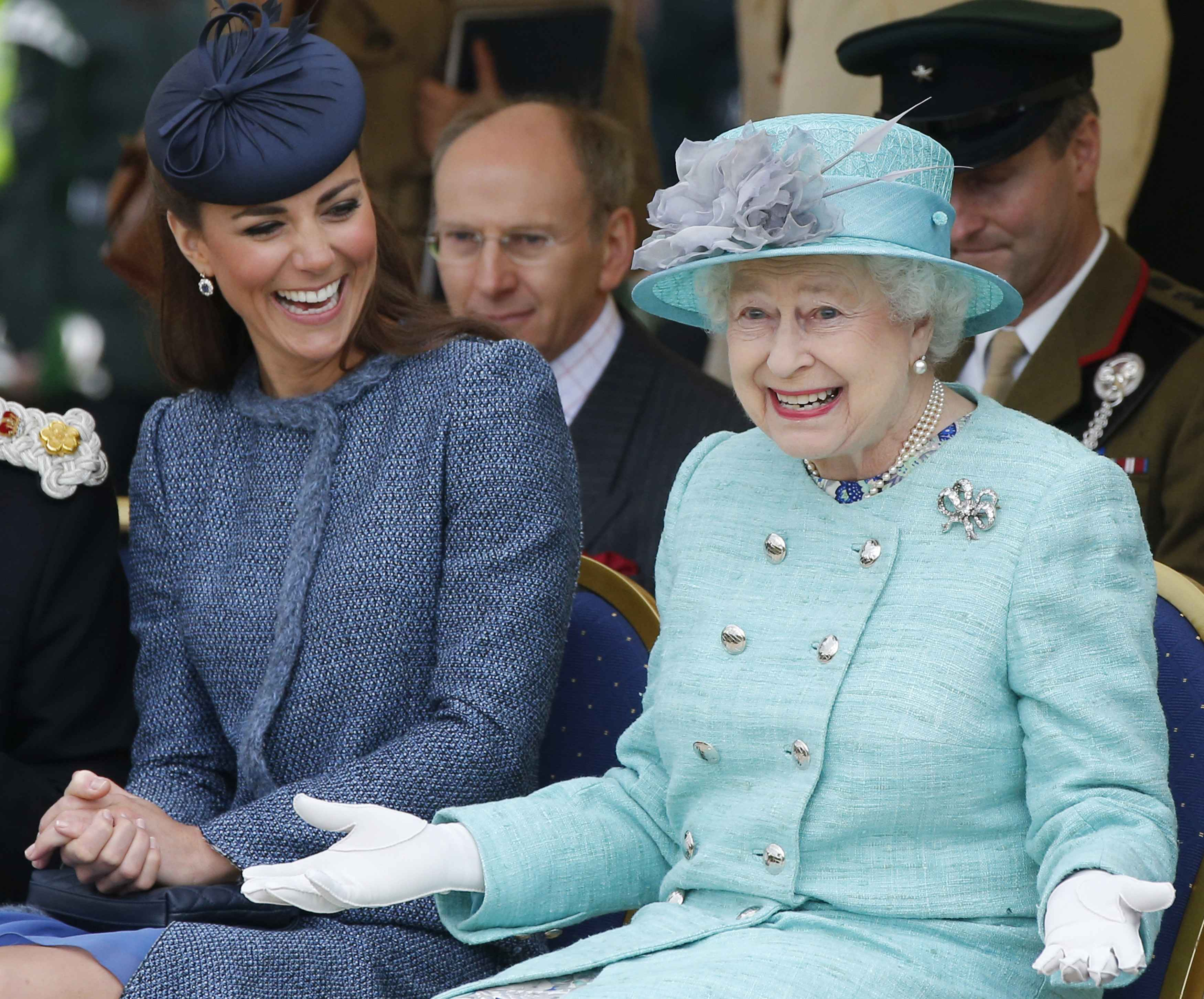 Queen Elizabeth is about to MAJORLY break the royal dress code for the first time in 43 years