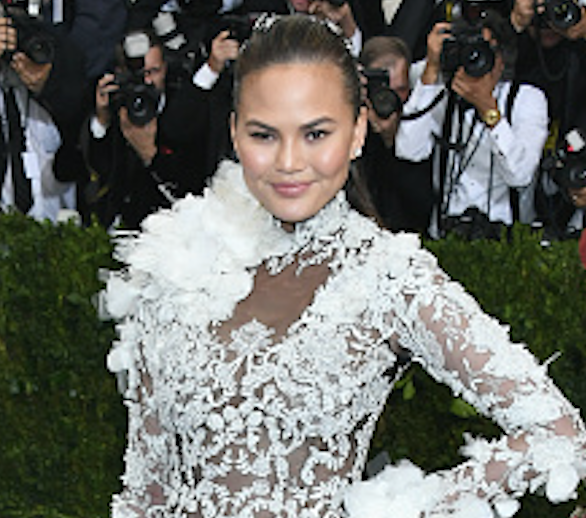 Chrissy Teigen looks like a punk rock snowball at the 2017 Met Gala