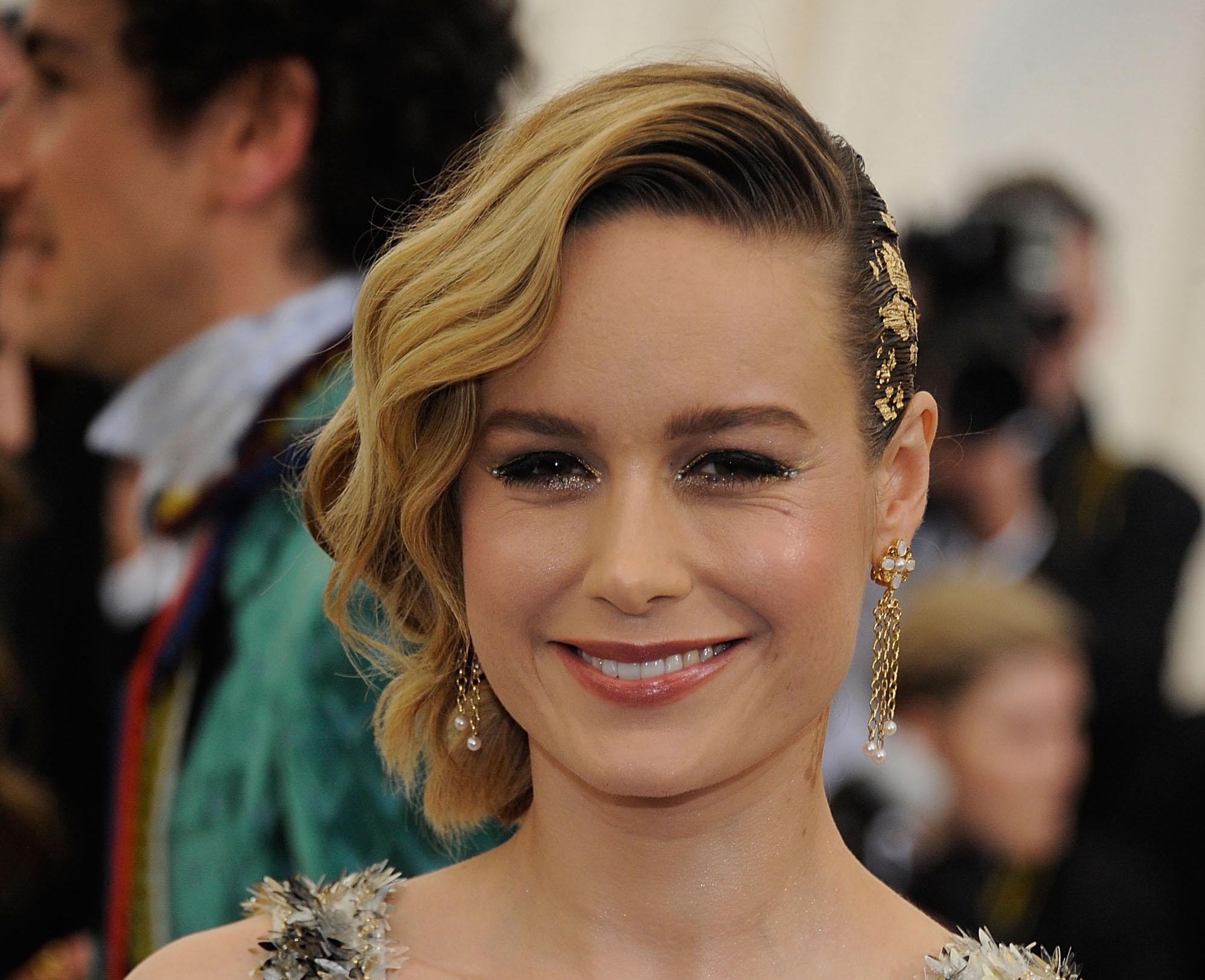 Brie Larson went to the bathroom at the Met Gala, accidentally became a meme