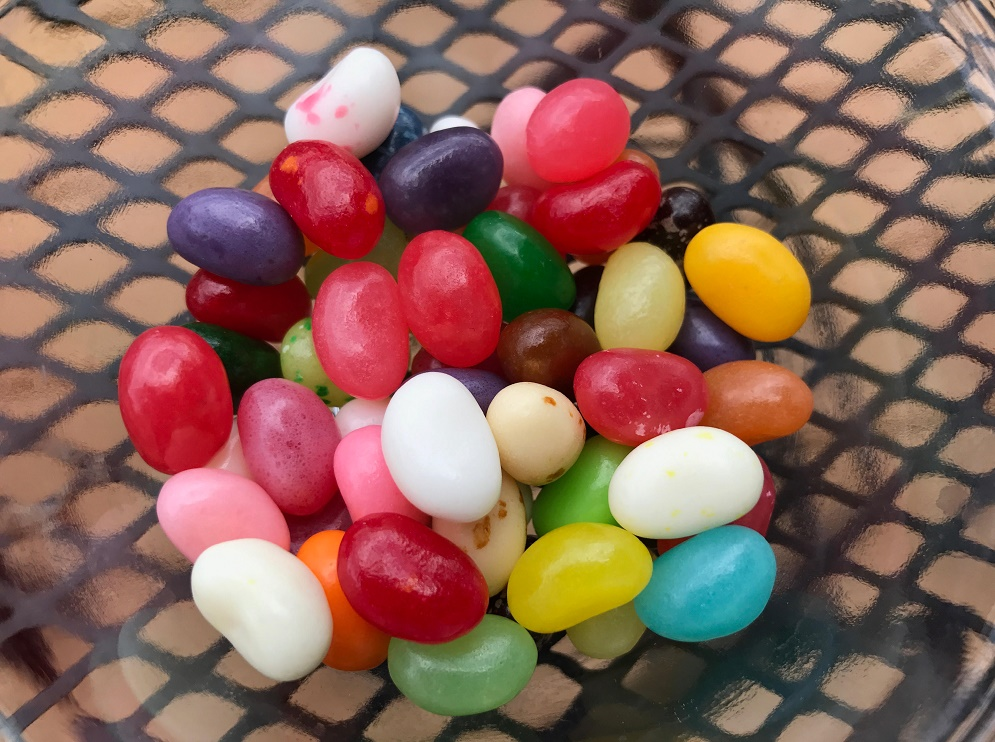 Here's what jelly bean flavor you're most like, based on your zodiac sign