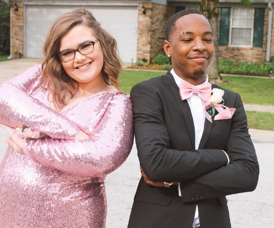 This teen had the best response after being fat-shamed over her prom photos
