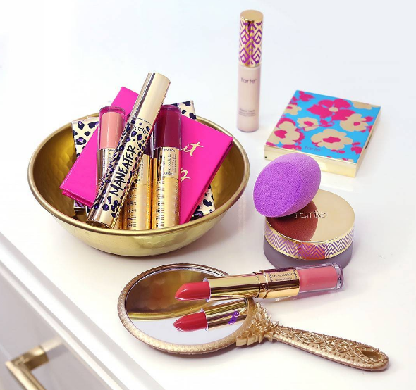 Tarte Cosmetics is blessing us with a beauty kit that we can customize, and it's on sale