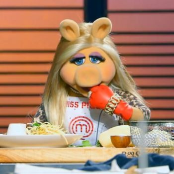 Gordon Ramsay is currently battling it out on Twitter with Miss Piggy