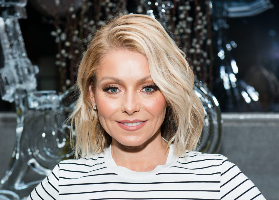 Apparently Kelly Ripa is already BFFs with Ryan Seacrest's mom, because, of course